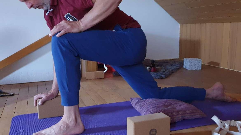 MÄNNER und Yoga